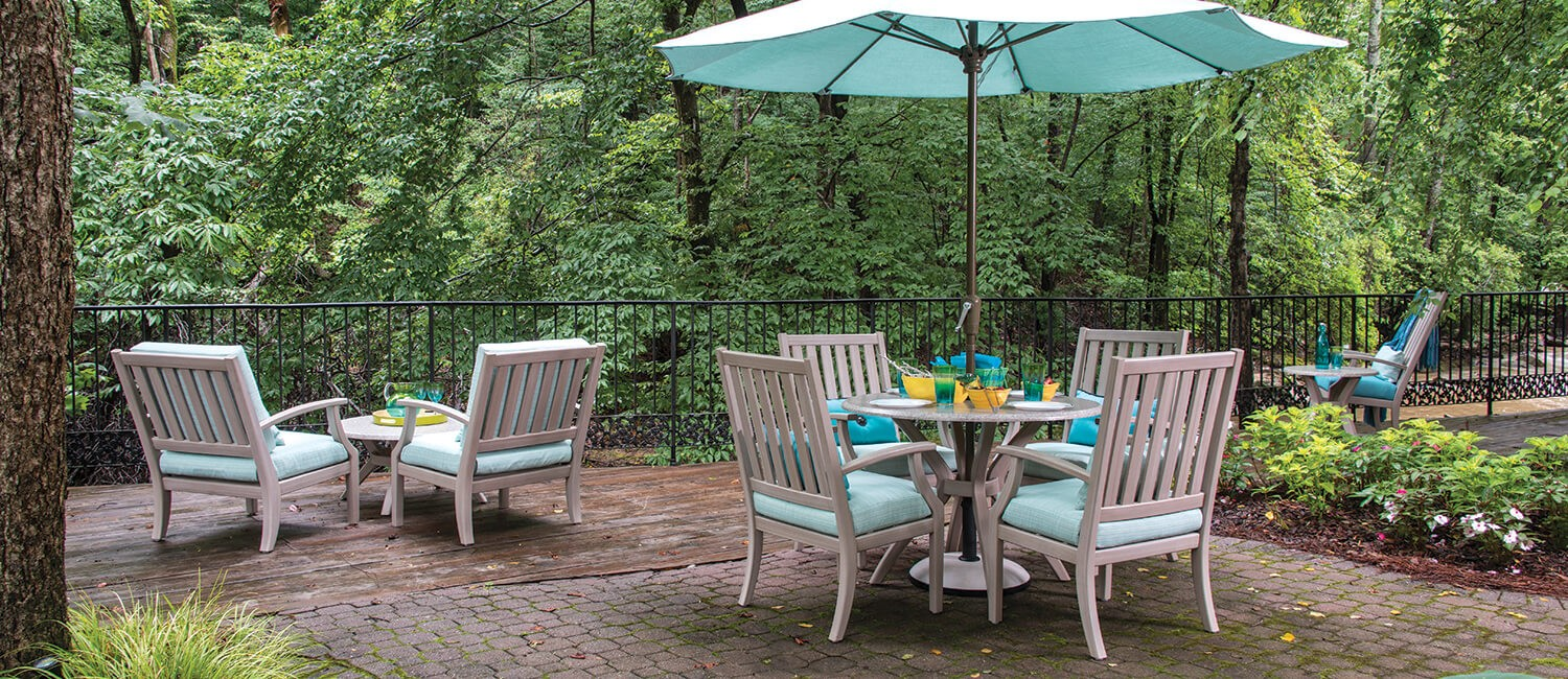 - Comfortable, Custom Outdoor Furniture For The Elderly